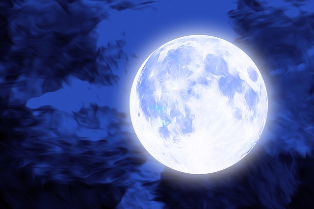 Full Moon Creating Breakthroughs – Soulmate & Twin Flames